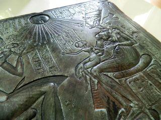 Altägyptisches Wandrelief Der 18.  Dynastie,  Echnaton & Nofretete - Steinguss Bild