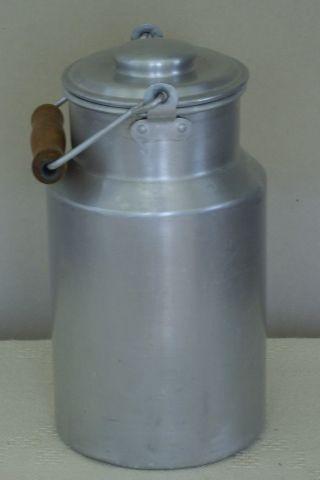 Milchkännchen Mit Deckel,  Alu.  H :ca.  26 Cm.  Ca.  2,  5 L Bild