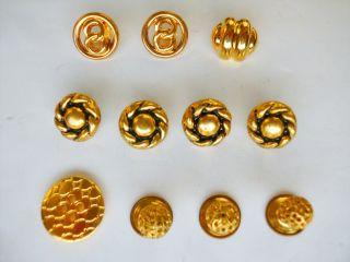 Knöpfe 11 Stück Metall,  Verschiedene Größen Und Formen,  Goldfarben Bild