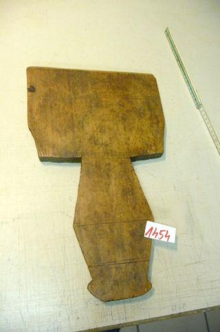 Nr.  1454.  Altes Schinkenbrett Holzbrett Schneidebrett Old Wooden Bread Board Bild