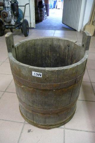 5984.  Altes Holzfass Fass Wassereimer Old Wooden Barrel Bild