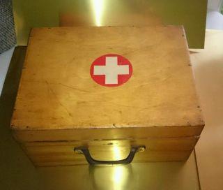 Medizinkasten Aus Holz 30 - 40er Jahre,  Inhalt Selten SammlerauflÖsung Bild