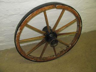 Wagenrad Antik 62cm Bild