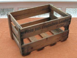Alte Holz Kiste Weinkiste Bierkiste Holzkiste Alter Getränkekasten Bierkasten Bild