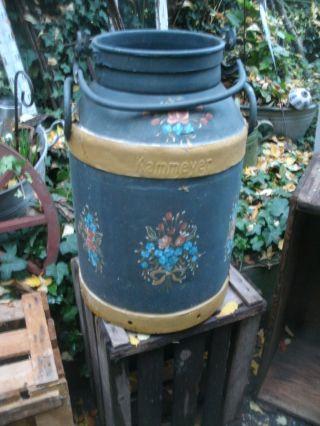 Milchkanne,  Alt.  Antik,  Landhaus,  Shabby Chic,  Dachbodenfund,  Bauernmalerei Bild