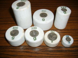 Alte Seltene Porzellan Gewichte,  7 Stück,  Dachbodenfund,  Waage,  Rarität Bild