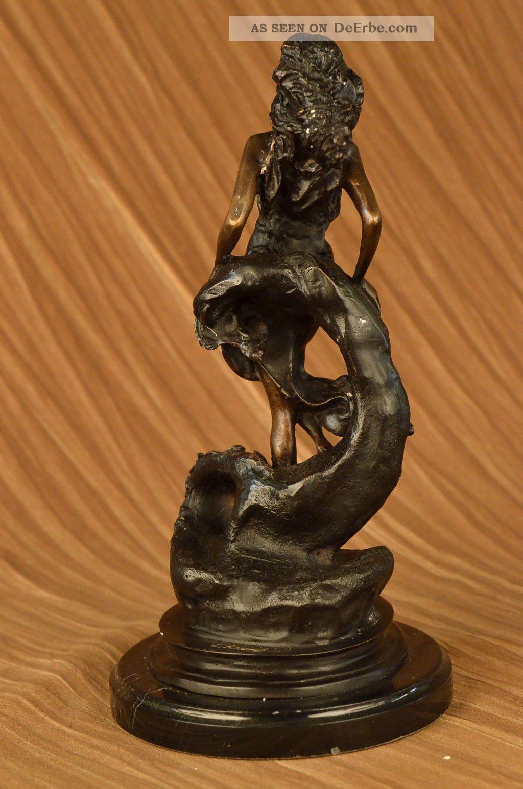 bronze skulptur signiert skorpion dame sternzeichen. Black Bedroom Furniture Sets. Home Design Ideas
