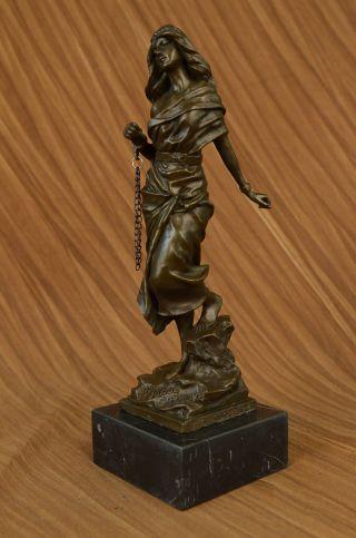 Signiert Jean Patoue Französischer Künstler Frau In Gefangenschaft Bronze Statue Bild