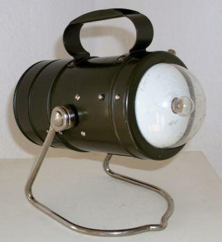 Military Hand Lamp.  Lampe A Main Militaire.  Bundeswehrlampe,  Varta 1976 Bild