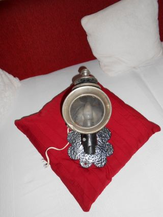Zwei Sehr Seltene Originale Kutscherlampen Mit Halterungen Bild