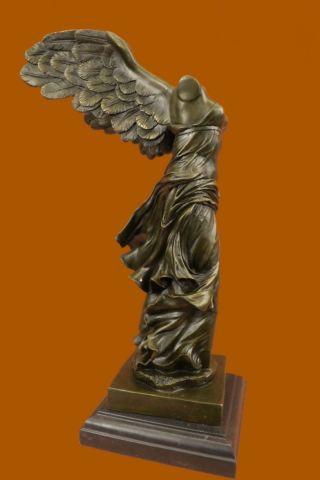 Bronze Marmor Dekofigur Statue Skulptur Geflügelte Nike Samothrake Louvre Paris Bild