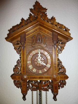 Antike Bahnhäusle - Uhr - - Bild