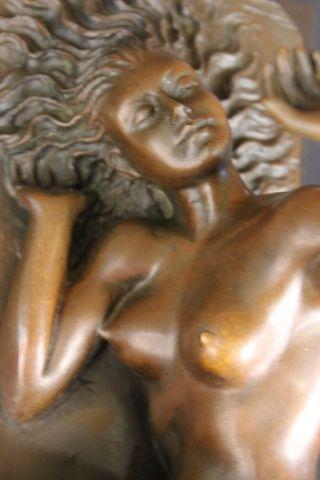 Skulptur Bronze Metall Abstrakt Figurativ Frau Bild