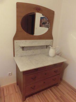 Antike Weichholz Waschkommode Mit Spiegelaufsatz Bild