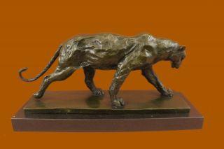 Figur Bronze Klassische Roaring LÖwe Und Mountain Von Henry Moore Bild