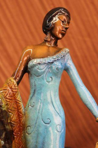 Farbe Bronze Patina Showgirl Modell Schauspielerin Broadway Statue Kunst Decko Bild