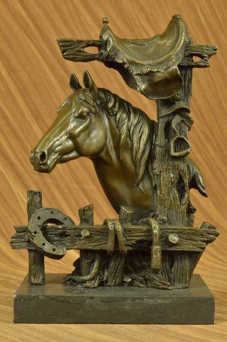 Figur Große - Liebevoll Pferd Mit Sattel Western Art Cowboy Bild