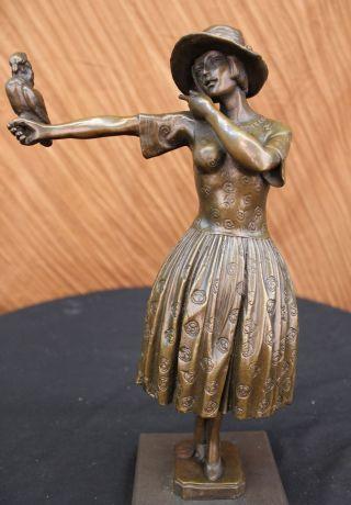Bronze Skulptur Art Deco Mädchen Mit Papagei Von Chiparus Signiert Marmor Fuß Bild