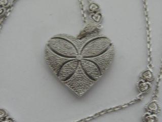 Sehr Schöner Herz Silber Anhänger 925er Silber Mit Silberkette Bild