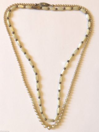 2 Halsnahe Perlenketten 20 / 21 Cm,  1 X 835 Si,  Um 1930 Bild