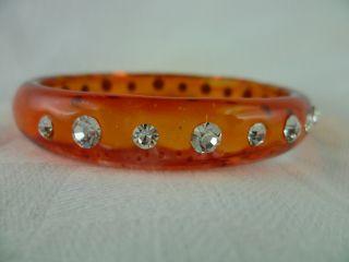 Schöner Orange Armreifen Mit Strass Steinen - Antik - Bild
