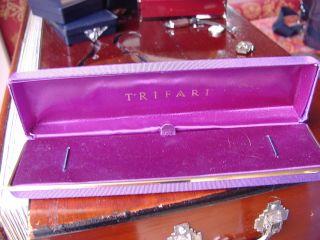 Traumhafte Trifari Vintage Uhrenbox Schmuckbox Lila - Gold Neuwertiger Bild