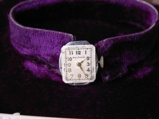 Waltham Vintage Damenuhr Zifferblatt Und Werk 17j 4 Adjs Kal 678 Bild