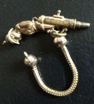 Uhrenschlüssel Schlüssel Für Taschenuhr Pistole Soldat Bild