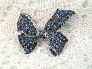 Art Deco Brosche Schleife Metall Chrom Perlrand Strass Blau 3,  5 X 3,  3 Cm /9,  9 Gr Bild