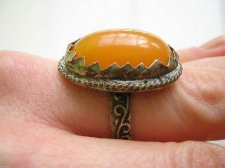 Antiker Messing Ring Mit Egg Yolk Bernstein Amber Schmuck Rg 1,  8 Mm / 6,  6 G 58 Bild