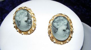 Feine Vintage Retro Ohrstecker Gemme Kammee Cameo Gold Perlen Auflösung Bild