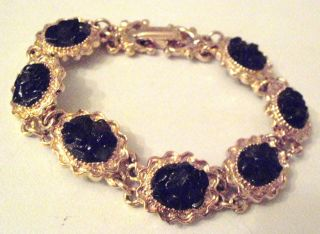 Armband In Gold Schwarze Schmucksteine Antikschmuck Bild