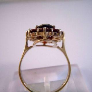 Gold Böhmen Granat Ring Mit Ausladender Blütenfront Um 1910 Bild