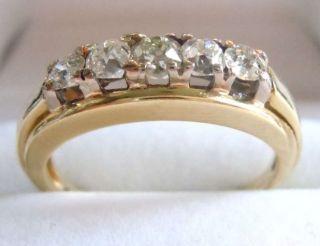 Exklusiver 585 Gold Ring Mit 5 Diamanten Um 1950 Bild