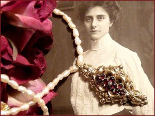 Antik Biedermeier Perlen Kette Barock Schnörkel Collier Gold Anhänger M.  Granat Bild