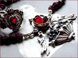 Vintage Schmuckset Granat Perlen Collier Vogel Kette Dazu Silber Gold Herz Ring Bild