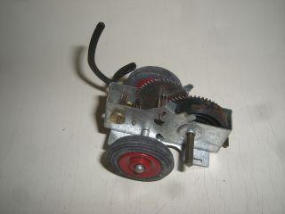 Z 562/ Uhrwerk Mit Räder Für Schuco Akustico Blechspielzeug Auto Bild