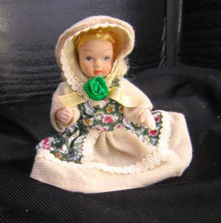 Kleine Puppe Bild