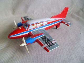 Blechflugzeug Mit Friktionsantrieb Bild