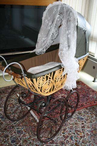 Wunderschöner Kinderwagen Von 1890 Komplett Restauriert Bild