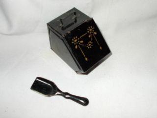 Puppenküche Kohlenkasten Mit Schaufel,  Jugendstil,  Schwarz Bild