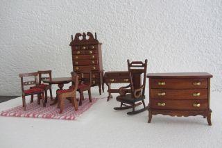 Bodo Hennig - Puppenstuben - MÖbel Konvolut - Braun Bild