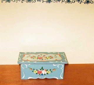 Truhe Möbel Puppenstube Dora Kuhn Bodo Hennig Bauernmöbel Puppenstubenmöbel Bild
