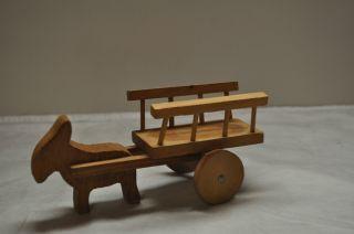 Altes Holzspielzeug Heuwagen Mit Perd Oder Esel Bild