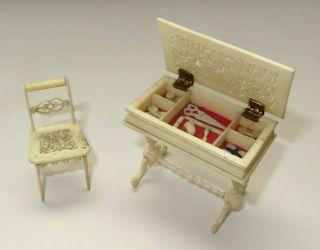 2 Elegante Bein - Möbel: NÄhtischchen Mit Ausstattung,  Stuhl,  Um 1860,  RaritÄten Bild