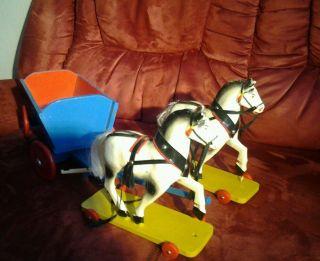 Pferde Mit Anhänger Dachbodenfund Alt Bild