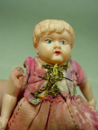 P571/ Alte Minerva Puppenstuben Celluloid Puppe Um 1920 Ca.  8 Cm. Bild