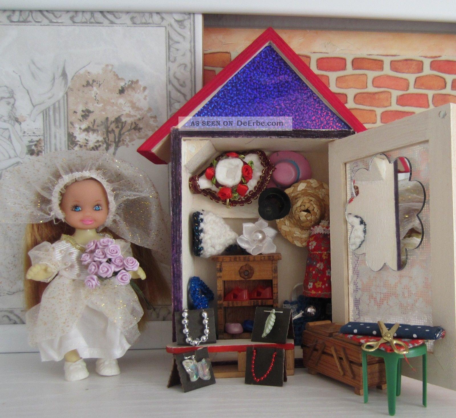 F.  Puppenstube / Puppenhaus / Kaufladen - Markt - Bude/stand - Mode - Boutique Nostalgieware, nach 1970 Bild