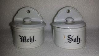 7.  Alte Mehl - & Salzmetze Aus Porzellan Mit Deckel Für Puppenküche,  Um 1900 Bild