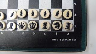 Schach,  Schachspiel,  Reiseschachspiel,  Magnetisch,  Komplett,  Etui,  Alt,  Grün,  B.  Lesen Bild